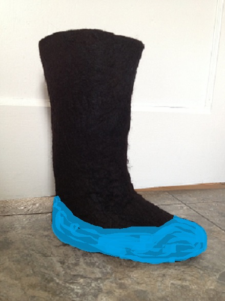 Black boots_blue bottom cover